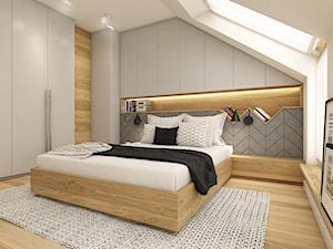 Z folklorem w tle - Duża biała szara sypialnia małżeńska na poddaszu, styl skandynawski - zdjęcie od WERDHOME