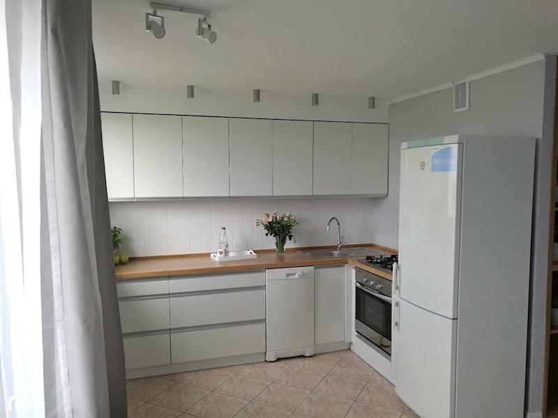 Jasna kuchnia w bloku  post na forum od JR Apartments  Homebook pl -> Jasna Lakierowana Kuchnia