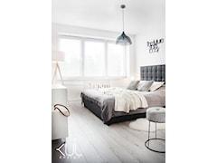 Sypialnia w stylu skandynawskim z nutką klimatów retro