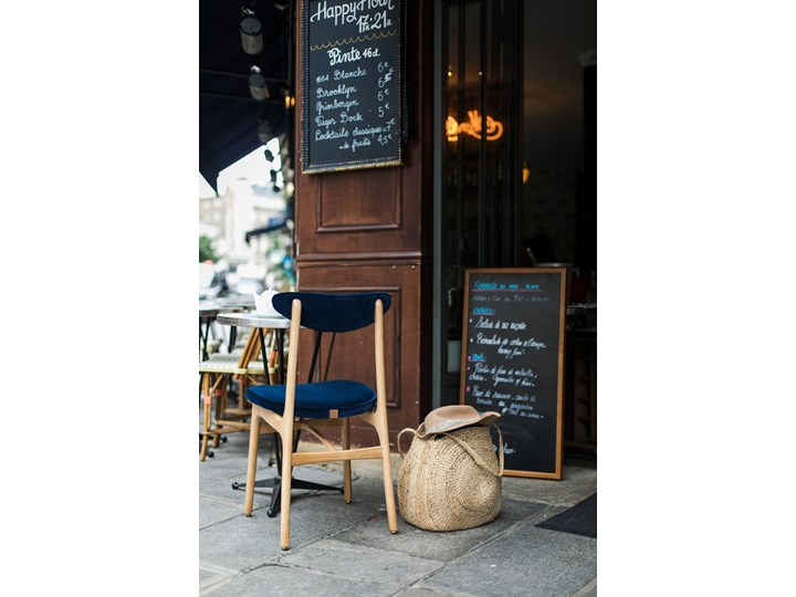 Krzesło 200-190 Tweed Grey, proj. R. T. Hałas Tkanina Wysokość 83 cm Krzesło inspirowane Szerokość 45 cm Kategoria Krzesła kuchenne Drewno Głębokość 52 cm Tapicerowane Wysokość 46 cm Kolor Szary