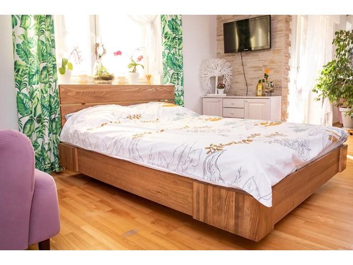 Beriet łóżko z drewna bukowego lewitujące 140x200 cm, wybarwienie orzech (OR) Łóżko drewniane Kolor Szary Kategoria Łóżka do sypialni