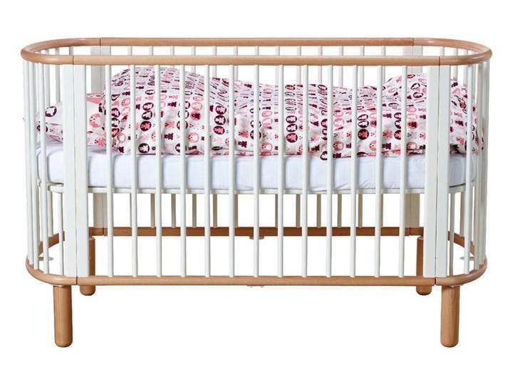Białe łóżeczko dziecięce z drewna bukowego Flexa Baby, 70x140 cm Łóżeczka drewniane Drewno Kategoria Kolor Biały