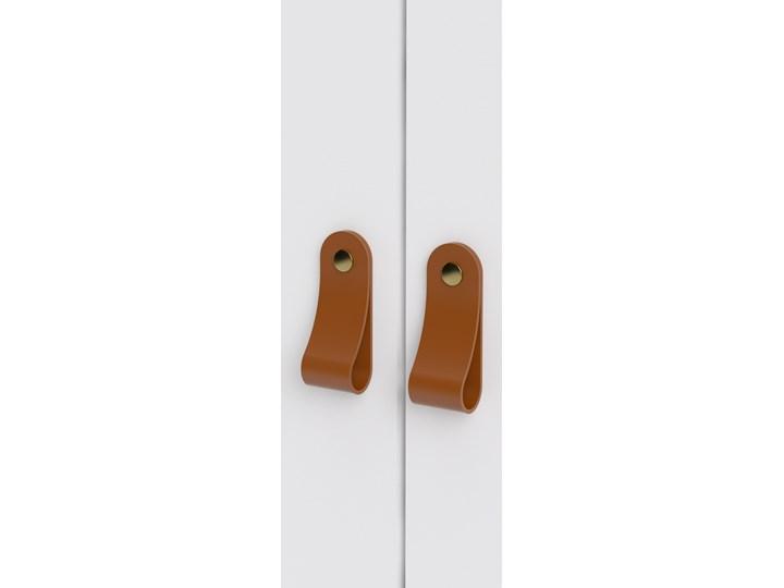 Trzydrzwiowa szafa ubraniowa na nóżkach Madrid 3D biały mat Głębokość 58 cm Wysokość 199 cm Szerokość 150 cm Ilość drzwi Trzydrzwiowe