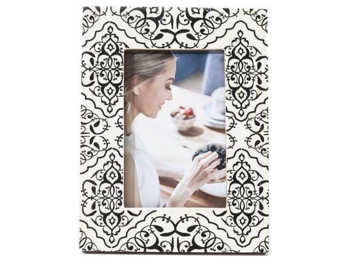 Ramka Ornamento 17x22 cm biało-czarna Kolor Czarny Kolor Biały