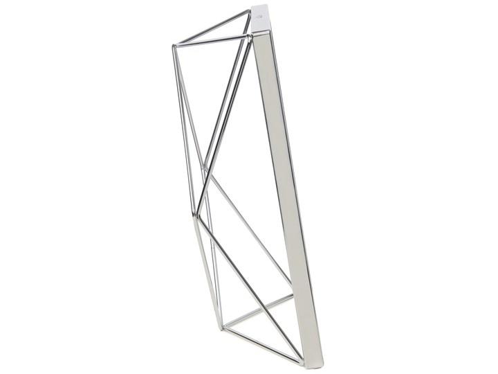 Ramka na zdjęcia Prisma 18x23 cm srebrna Metal Stojak na zdjęcia Pomieszczenie Salon