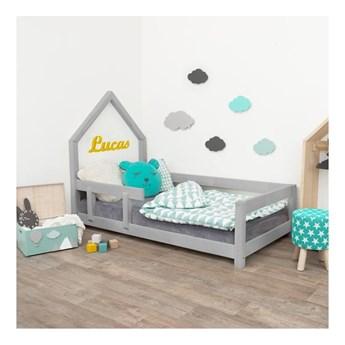 Szare łóżko dziecięce w kształcie domku z barierką po lewej stronie Benlemi Poppi, 80x180 cm