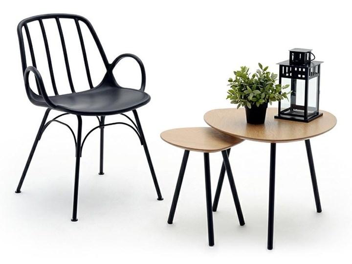 Krzesło CASTERIA czarne - polipropylen Szerokość 55,5 cm Głębokość 56 cm Metal Tworzywo sztuczne Wysokość 82 cm Kategoria Krzesła kuchenne Pomieszczenie Jadalnia