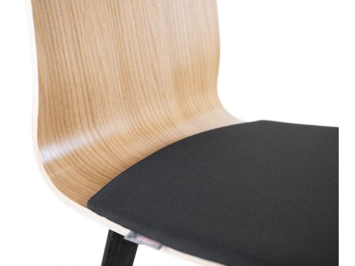 LUKA W PS krzesło dębowe, miękkie siedzisko czarna rama Wysokość 48 cm Głębokość 41 cm Płyta MDF Tkanina Drewno Głębokość 40 cm Wysokość 87 cm Szerokość 40 cm Tapicerowane Kolor Czarny