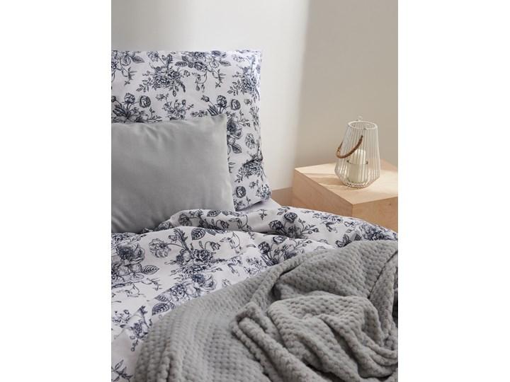 Sinsay - Komplet pościeli z bawełny 160x200 - Biały Kategoria Komplety pościeli 160x200 cm Bawełna Kolor Granatowy