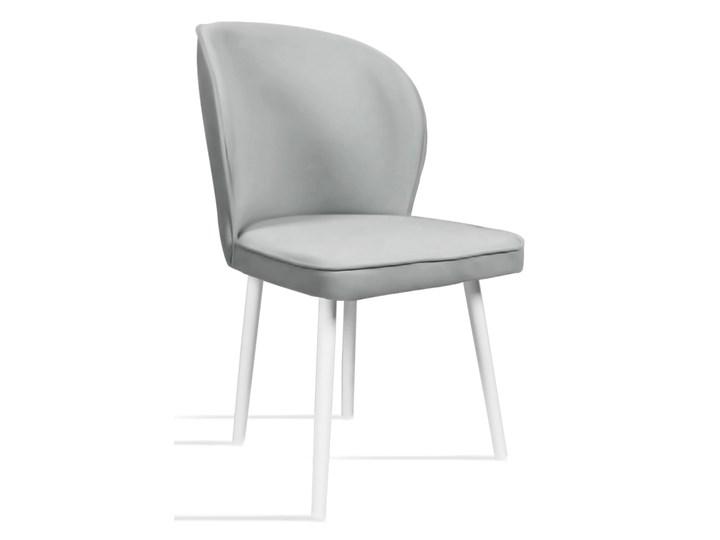 Bettso Krzesło RINO jasny szary / PA05 Wysokość 87 cm Głębokość 47 cm Głębokość 60 cm Drewno Tapicerowane Szerokość 54 cm Tkanina Szerokość 87 cm Wysokość 46 cm Styl Nowoczesny Kategoria Krzesła kuchenne