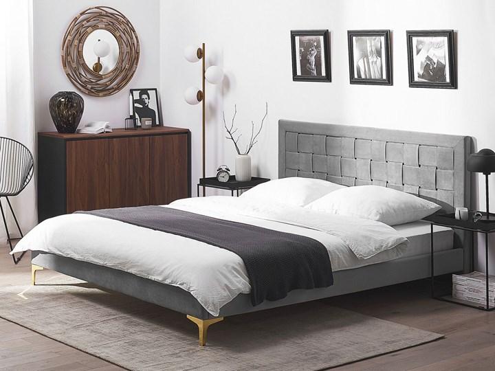 Łóżko welurowe szare 140 x 200 cm tapicerowane złote nóżki wezgłowie oparcie glamour nowoczesne Kolor Złoty Łóżko tapicerowane Kategoria Łóżka do sypialni