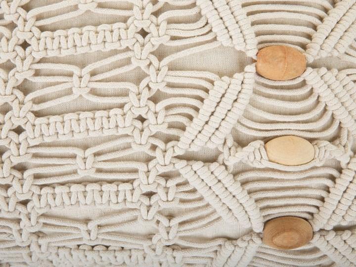 Dwie poduszki dekoracyjne beżowe makrama plecione 45 x 45 cm z wypełnieniem akcesoria boho retro salon sypialnia Poliester 45x45 cm Bawełna Kwadratowe Kolor Beżowy Poduszka dekoracyjna Kategoria Poduszki i poszewki dekoracyjne
