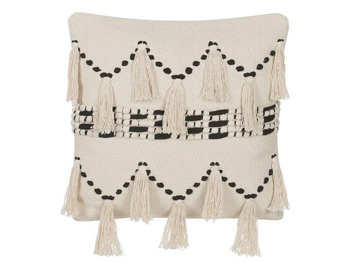 Poduszka dekoracyjna beżowa bawełniana z frędzlami 45 x 45 cm retro z wypełnieniem ozdobna akcesoria salon sypialnia Bawełna 45x45 cm Kwadratowe Kolor Beżowy