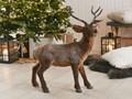 Figurka dekoracyjna brązowa sztuczne futro renifer 68 cm świąteczne ozdoby do salonu Kolor Brązowy Kategoria Figury i rzeźby