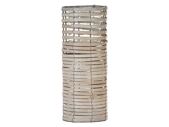 Zestaw 3 świeczników jasne drewno kwadratowe wysokie różne rozmiary boho design szklany pojemnik Szkło Metal Kategoria Świeczniki i świece Żelazo Kolor Beżowy