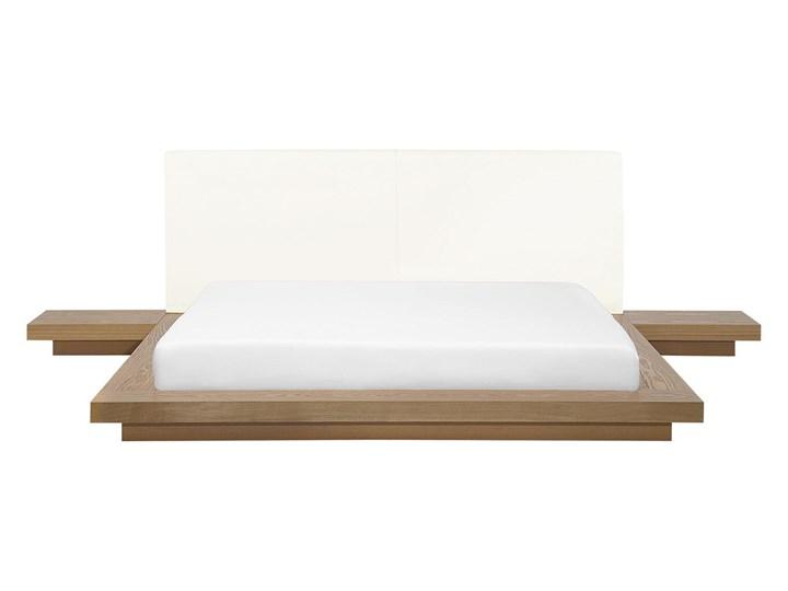 Łóżko jasne drewno 160 x 200 cm 2 stoliki nocne wysoki zagłówek styl japoński Kategoria Łóżka do sypialni Łóżko drewniane Łóżko skórzane Kolor Brązowy