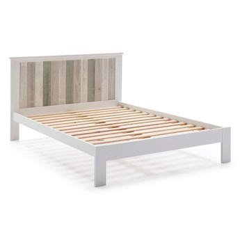 Biała łóżko z nogami z drewna sosnowego Marckeric Maude, 140x200 cm