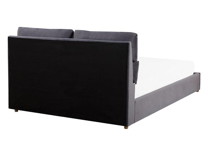 Łóżko z pojemnikiem szare welurowa tapicerka 140 x 200 cm podwójne ze schowkiem podnoszone Kategoria Łóżka do sypialni Łóżko tapicerowane Kolor Szary