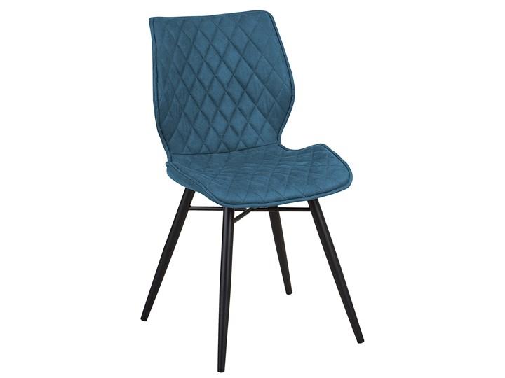 Zestaw 2 krzeseł niebieskich tapicerowanych z metalowymi czarnymi nogami do jadalni styl nowoczesny industrialny Tworzywo sztuczne Wysokość 86 cm Szerokość 44 cm Pikowane Drewno Tapicerowane Tkanina Głębokość 56 cm Pomieszczenie Jadalnia