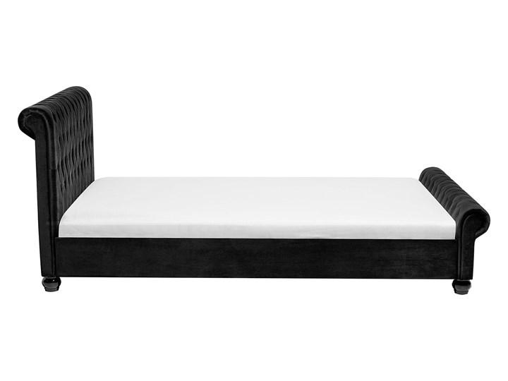 Łóżko ze stelażem czarne welurowe 180 x 200 cm z zagłówkiem pikowane styl glamour Łóżko tapicerowane Kategoria Łóżka do sypialni Łóżko pikowane Drewno Styl Klasyczny