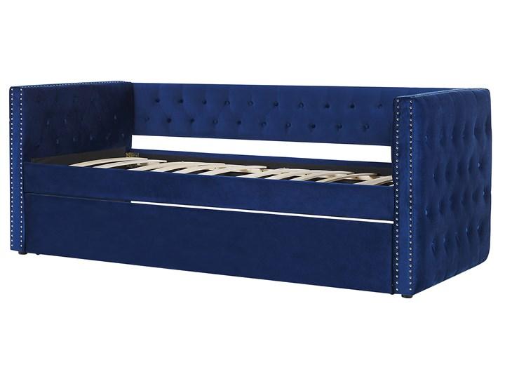 Łóżko wysuwane niebieskie welurowe ze stelażem 90 x 200 cm dziecięce glamour guziki gwoździe tapicerskie Łóżko tapicerowane Kategoria Łóżka do sypialni Kolor Granatowy