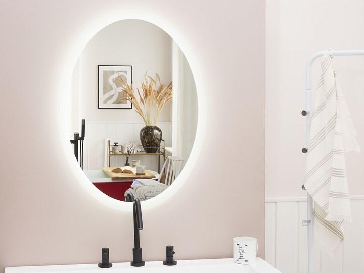 Lustro łazienkowe owalne srebrne 60 x 80 cm z podświetleniem LED system zapobiegający parowaniu Ścienne Pomieszczenie Łazienka Lustro bez ramy Kategoria Lustra