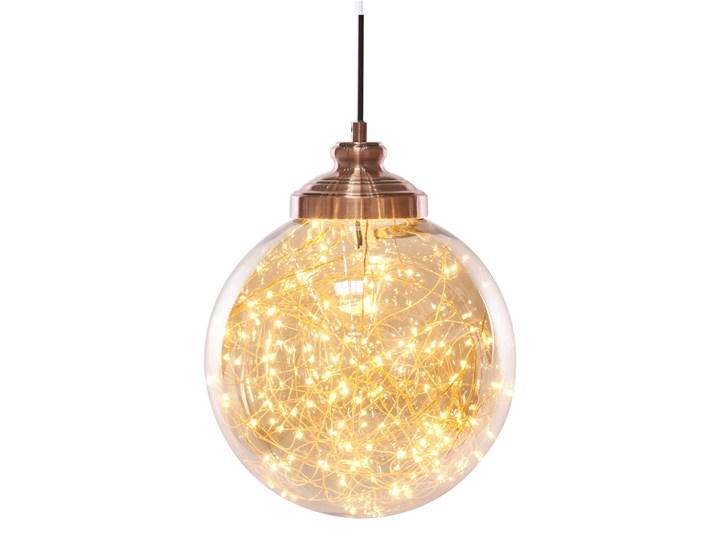 Lampa sufitowa szklana kulisty klosz metalowe elementy w kolorze miadzianym nowoczesna Szkło Lampa z kloszem Kategoria Lampy wiszące Kolor Miedziany