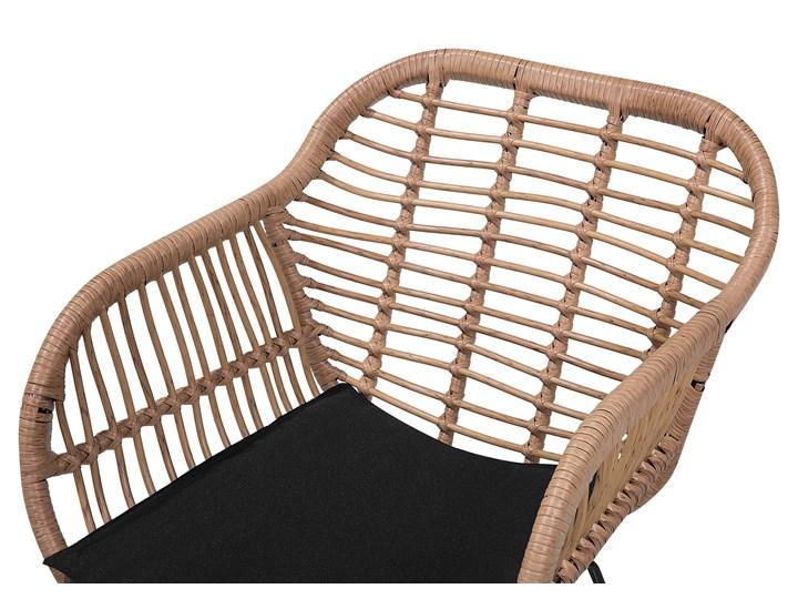 Zestaw balkonowy brązowy rattanowy 2 krzesła 1 stół ze szklanym blatem nowoczesny Stoły z krzesłami Stal Technorattan Liczba miejsc Dwuosobowy