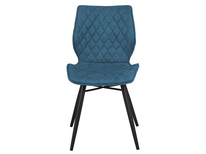 Zestaw 2 krzeseł niebieskich tapicerowanych z metalowymi czarnymi nogami do jadalni styl nowoczesny industrialny Szerokość 44 cm Głębokość 56 cm Wysokość 86 cm Drewno Pikowane Tworzywo sztuczne Tkanina Tapicerowane Pomieszczenie Jadalnia