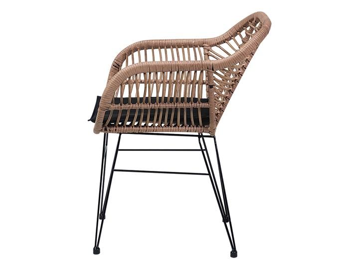 Zestaw balkonowy brązowy rattanowy 2 krzesła 1 stół ze szklanym blatem nowoczesny Zawartość zestawu Stolik Technorattan Stoły z krzesłami Stal Kategoria Zestawy mebli ogrodowych