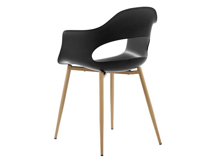 Zestaw 2 krzeseł czarnych plastikowych nóżki jasne drewno ozdobne do jadalni styl skandynawski Głębokość 47 cm Pomieszczenie Salon Tworzywo sztuczne Metal Wysokość 81 cm Szerokość 54 cm Pomieszczenie Jadalnia