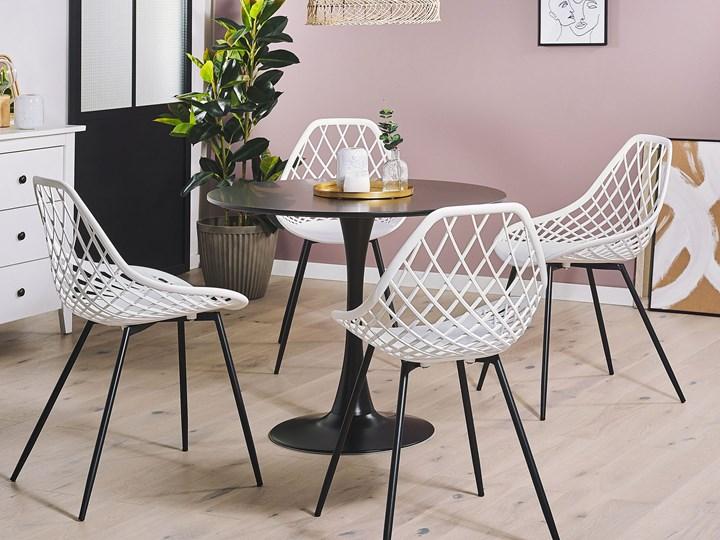 Zestaw 2 krzeseł białych tworzywo sztuczne czarne metalowe nogi styl nowoczesny skandynawski Kolor Czarny