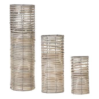 Zestaw 3 świeczników jasne drewno kwadratowe wysokie różne rozmiary boho design szklany pojemnik