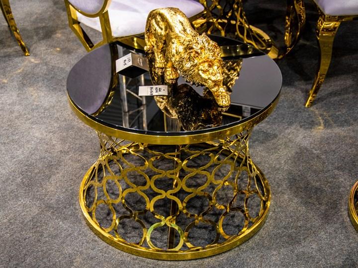 Czarny stolik kawowy z dekoracyjną złotą podstawą C404 outlet Szkło Wysokość 50 cm Stal Styl Minimalistyczny