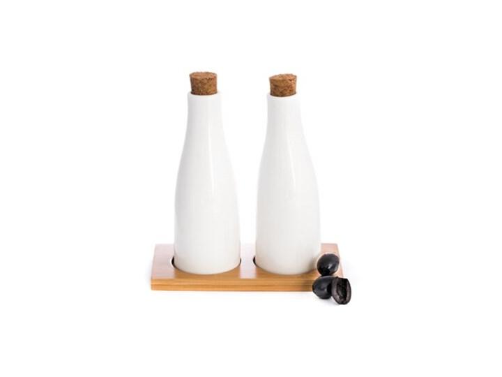 Porcelanowy zestaw do oliwy i octu Pojemnik na ocet i oliwę Kategoria Przyprawniki Ceramika Zestaw do przypraw Kolor Brązowy