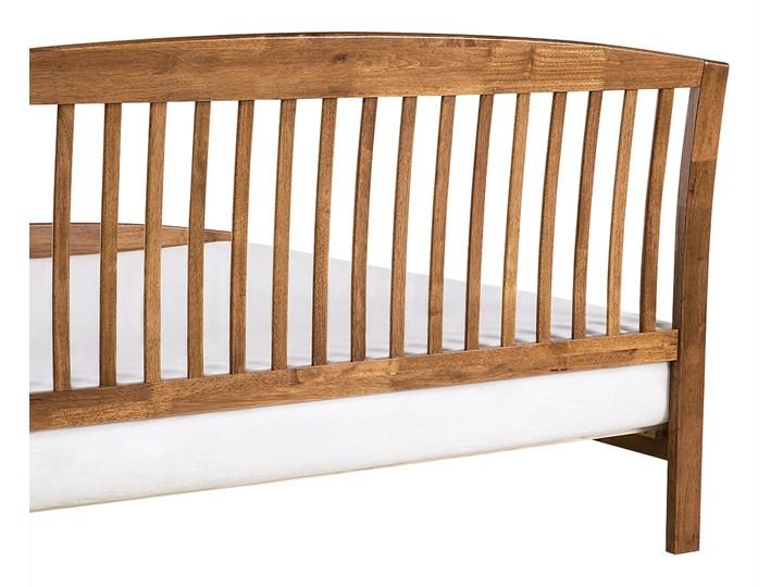Łóżko ciemne drewniane 160 x 200 cm z ramą stelażem zagłówkiem i zanóżkiem Łóżko drewniane Rozmiar materaca 160x200 cm Kategoria Łóżka do sypialni