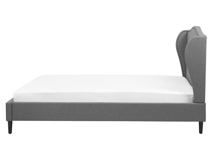 Łóżko ze stelażem tapicerowane szare 160 x 200 cm z zagłówkiem styl glamour Kategoria Łóżka do sypialni Łóżko tapicerowane Kolor Czarny