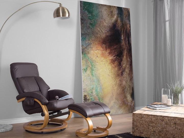 Fotel wypoczynkowy podgrzewany z masażem i podnóżkiem brązowy ekoskóra drewniana rama odchylane oparcie Fotel masujący Drewno Kolor Czarny Tkanina Tworzywo sztuczne Skóra ekologiczna Styl Vintage