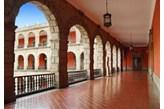 Fototapeta F3243 - Korytarz Pałacu Narodowego w Meksyku