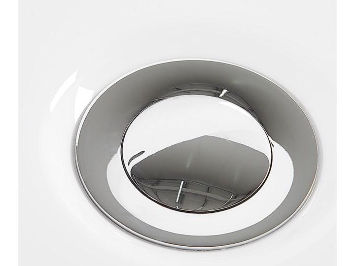 Wanna biała akrylowa 170 x 80 cm owalna nowoczesny design Długość 170 cm Kolor Biały Symetryczne Kategoria Wanny