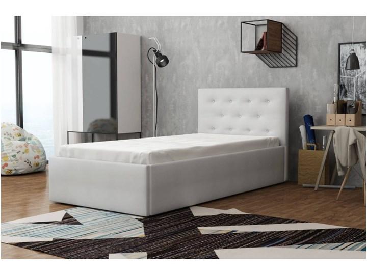 Łóżko Tapicerowane Star 90x200 z Materacem Biały Kategoria Łóżka do sypialni