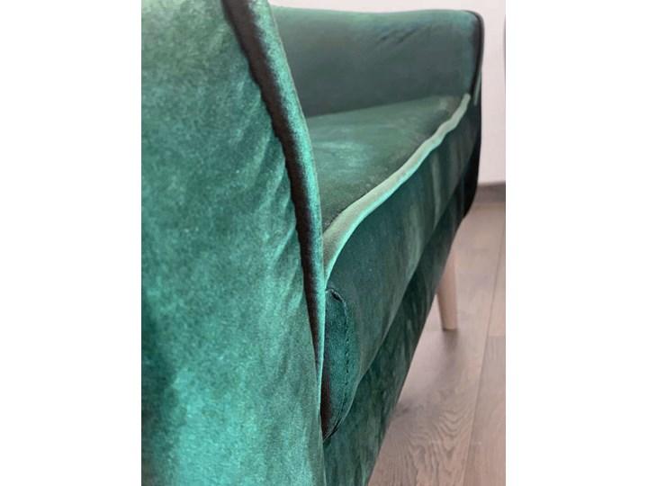 Skandynawska trzyosobowa sofa na wysokich nóżkach PIRS 3 ciemnoniebieska Szerokość 180 cm Głębokość 74 cm Typ Pikowane