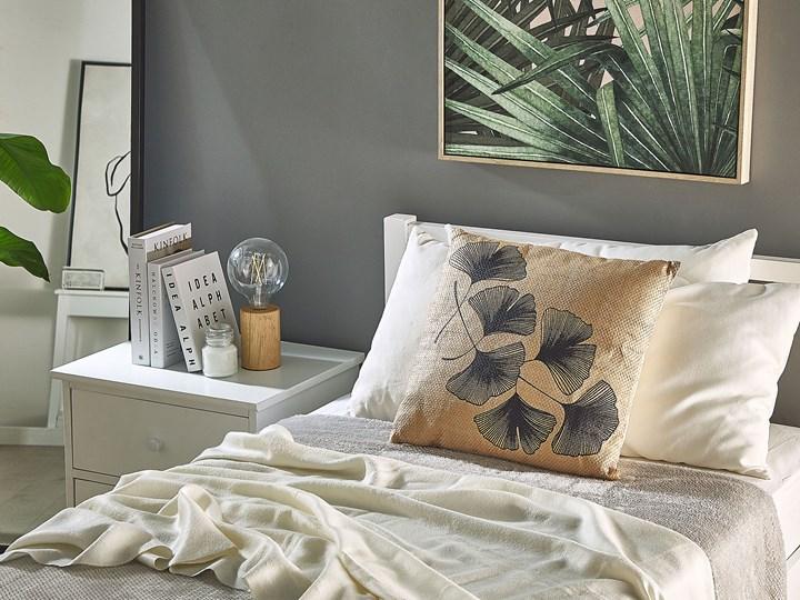 Zestaw 2 poduszek dekoracyjnych beżowy motyw liści 45 x 45 cm z wypełnieniem ozdobny akcesoria salon sypialnia Kategoria Poduszki i poszewki dekoracyjne Kwadratowe 45x45 cm Poszewka dekoracyjna Poliester Kolor Czarny