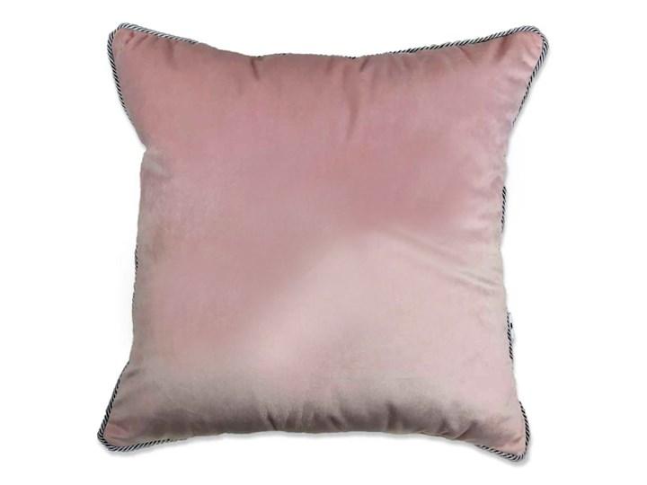 Poduszka VELVET - Pudrowy róż Welur Aksamit Kategoria Poduszki i poszewki dekoracyjne Poduszka dekoracyjna 45x45 cm Poszewka dekoracyjna Kolor Różowy