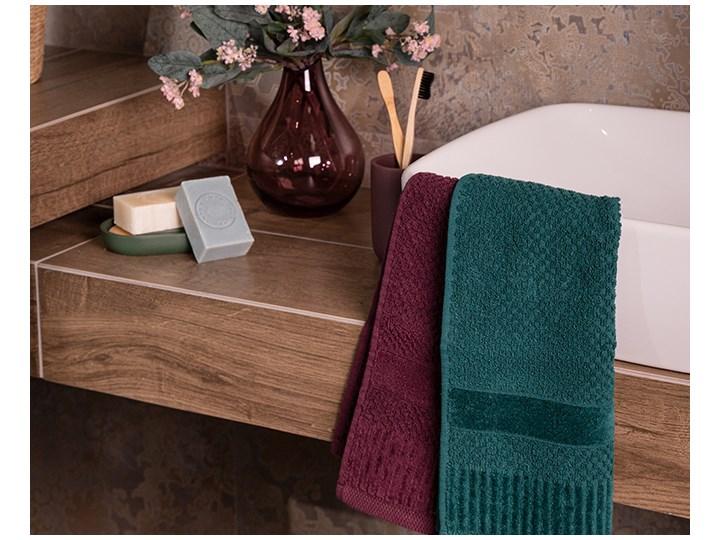 Ręcznik personalizowany IVO - butelkowa zieleń - 70 x 140 Kategoria Ręczniki Bawełna Kolor Szary