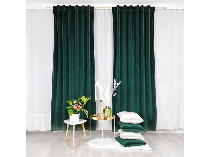 Zasłona w kolorze zieleni butelkowej Velvet z weluru 140x250 cm Bawełna Pomieszczenie Salon