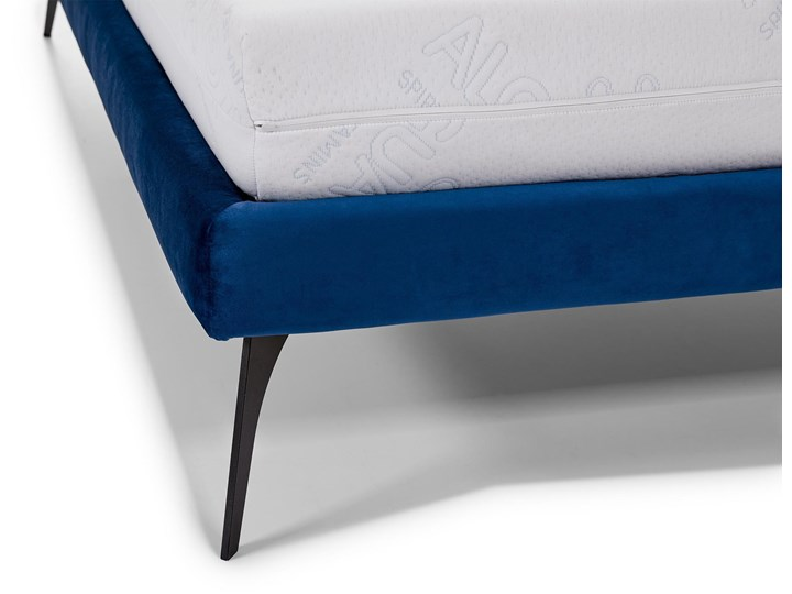 Łóżko tapicerowane do sypialni Konrado  180x200 cm ZE STELAŻEM Kolor Granatowy