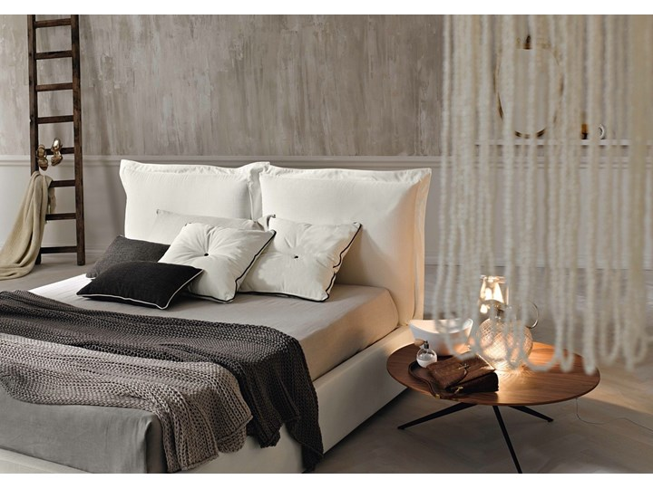 Łóżko tapicerowane SZYMEK  140x200 cm DWUSTRONNE WEZGŁOWIE Tkanina Drewno Kategoria Łóżka do sypialni