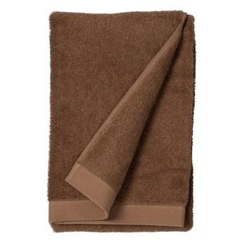 Czerwonobrązowy ręcznik z bawełny frotte Södahl Wood, 140x70 cm