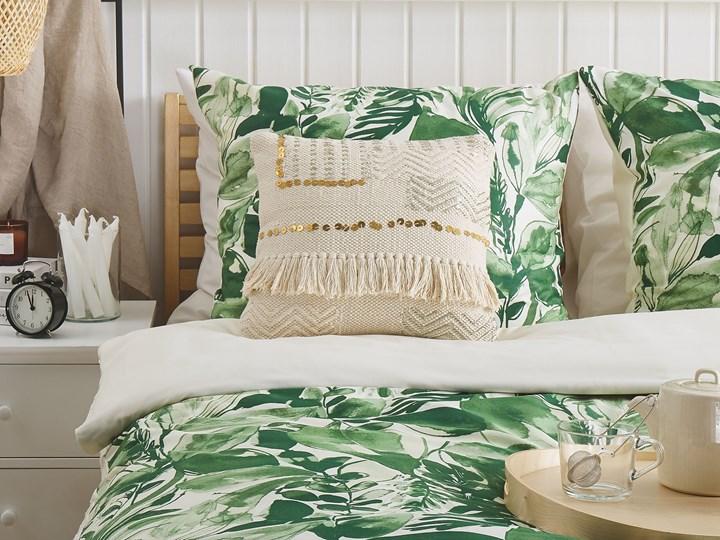 Poduszka dekoracyjna beżowa bawełniana z frędzlami 45 x 45 cm z wypełnieniem ozdobna akcesoria boho retro salon sypialnia Bawełna Kwadratowe 45x45 cm Poszewka dekoracyjna Kolor Beżowy